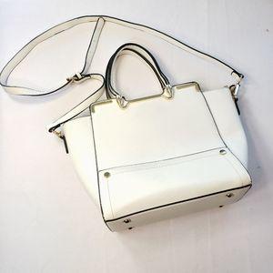 Handbags - $3/24🌴White Gold Trim Multi-Compartment w/Strap